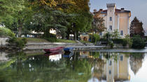 Private Provence Tour: Fontaine de Vaucluse and Isle sur Sorgue, Avignon