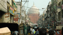 A trail through the bustling markets of Delhi, New Delhi, Market Tours