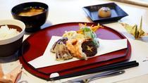 3-Hour Tsukiji Gourmet Walking Tour with Tempura Frying Experience, Tokyo, Food Tours