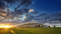 Newgrange and Hill of Tara Day Trip from Dublin, Dublin, Bus & Minivan Tours