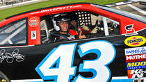 Richard Petty Race Car Ride-Along-programma op de Daytona International Speedway, Daytona Beach, ...