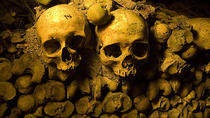 Skip the Line: Catacombs of Paris Small-Group Walking Tour, Paris, Day Trips