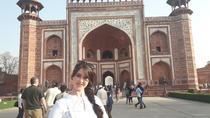 Taj Mahal & Agra fort with Local market on Tuk Tuk(Three wheeler) Tour, Agra, Market Tours