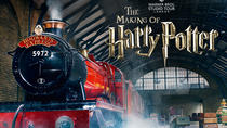 Warner Bros. Studio: The Making of Harry Potter met luxe retourrit vanuit Londen, Londen, Film en ...