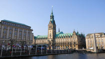 Essential Hamburg Combo: Hop-on Hop-off Tour, Cruise and Lake Alster, Hamburg, null