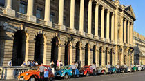 Private Tour: Vintage 2CV Round-Trip Transfer to the Paris Paradis Latin Show, Paris, New Years