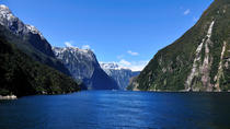 Erkundungstour zum Milford Sound per Bus und Boot, Queenstown, Day Trips