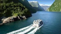 Milford Sound Full-Day Tour from Te Anau to Queenstown, Fiordland & Milford Sound, Multi-day ...