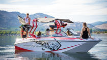 1-Hour Wakeboard and Surf Charter Rental, Kelowna y Okanagan Valley