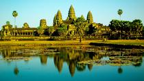 Full-day Small-Group Angkor Wat Tour from Siem Reap, Siem Reap, Day Trips