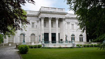 Newport Mansions and Waterfront Sightseeing From Boston Plus Free Trolley Tour, Boston, Historical...