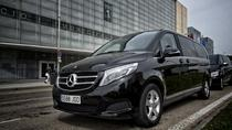 Luxembourg LUX Ankunft Privater Transfer in Luxury Van nach Luxemburg Stadt, Luxembourg