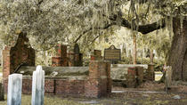 Colonial Park Cemetery Walking Tour, Savannah, Ghost & Vampire Tours