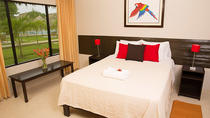 2-Day Irapay Luxury Lodge Tour from Iquitos