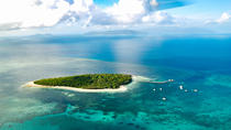 Wonder of the World - Great Barrier Reef Scenic Flights, Cairns & the Tropical North, ...