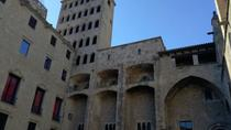 Small Group walking Tour of Medieval Barcelona for Kids