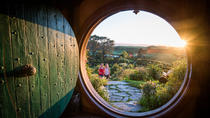 Hobbiton Movie Set & The Living Maori Geothermal Village, Small Group Rotorua Day Combo Tour, ...