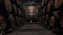 Port Wine Cellars Private Tour with Local Lunch, Porto, Private Sightseeing Tours