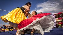 Cholitas Tour and Coca Reading