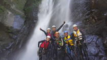 Yi-Hsin creek canyoning in northern Taiwan, Taipei, Climbing