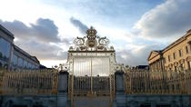 Skip-the-line Versailles Palace and Gardens tour from Versailles, Versailles, Skip-the-Line Tours