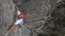 Small-Group Weekend Rock Climbing Adventure from Katoomba, Blue Mountains, Climbing