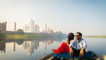 Private Taj Mahal Sunrise and Agra Fort Day Tour with Fatehpur Sikri from Delhi, Agra, Day Trips