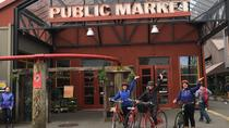 Granville Island Market von Kleingruppen zu Gastown Bike Tour, Vancouver, Bike & Mountain Bike Tours