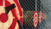 1- of 2-uur durende Axe Throwing Experience in Las Vegas, Las Vegas, Adrenaline & Extreme