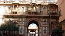 Guided Walk through Old Town Ahmedabad of Unique Pols including Private Transfer, Ahmedabad
