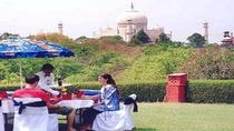 PRIVATE CITY TOUR OF AGRA INCLUDING LUNCH AND PHOTOS TAKEN AT THE TAJ MAHAL, Agra, Day Trips