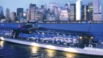 Bateaux New York Christmas Eve Dinner Cruise with Buffet, New York City, Christmas