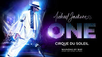 Michael Jackson ONE door Cirque du Soleil® in het Mandalay Bay Resort en Casino, Las Vegas, Cirque ...