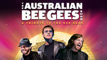 The Australian Bee Gees Show: A Tribute to the Bee Gees im Excalibur Hotel und Casino, Las Vegas, ...
