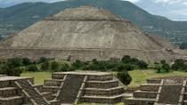 Experience Mexico City: Teotihuacan Pyramids by Metro and Dinner with a Local Family, Mexico City