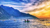Sunrise kayak tour in Hualien along the magnificent Quingshui cliff, Hualien, Kayaking & Canoeing