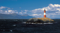 Tour in barca a vela del canale di Beagle: Isole, pinguini ed Estancia Harberton, Ushuaia, Day ...