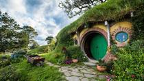 Hobbiton™ Movie Set 2-Hour Walking Tour from Shires Rest, Hamilton, Movie & TV Tours