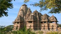Private Tour: 5-Day Varanasi and Khajuraho from Delhi