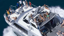 Great Barrier Reef Luxury Tauch- und Schnorchel-Bootstour von Cairns, Cairns & Tropical North, Eintägige Bootstouren