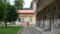 Historical Phnom Penh Small-Group Tour, including Genocide Museum and Killing Fields, Phnom Penh, ...