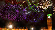 New Years Eve Thames River Cruise with 3-Course Dinner and Fireworks in London, London, New Years