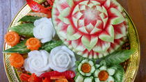 Private 3-Hour Vegetable and Fruit Carving Class in Chiang Mai Downtown, チェンマイ