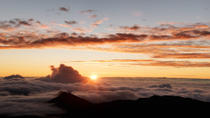 Small-Group Tour: Luxury Haleakala Sunrise Experience, Maui