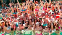 La piscina e il beach club diurno strisciano a Playa del Carmen, Playa del Carmen, Bar, Club & Pub Tours