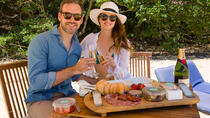 Deluxe Romantic Beach Picnic for 2 in Sydney, Sydney