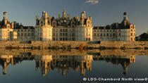 Deluxe Loire Valley Castles Day Trip from Paris with Japanese Guide, Paris, Private Sightseeing ...
