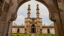 Full day sightseeing tour of Champaner and Pavagadh from Ahmedabad, Ahmedabad, Day Trips
