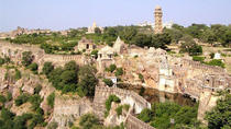 Historic Chittorgarh Fort: Day Tour from Udaipur, Udaipur, Day Trips