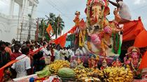 Private Full-Day Tour of the Ganesh Chaturthi Festival in Mumbai, Mumbai